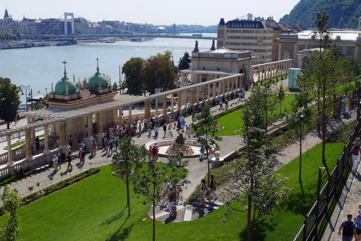 2 days in Budapest itinerary - Castle Garden Bazaar