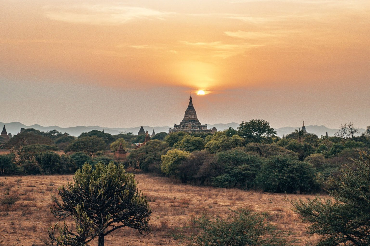 Sunrise over Shwesandaw temple Bagan