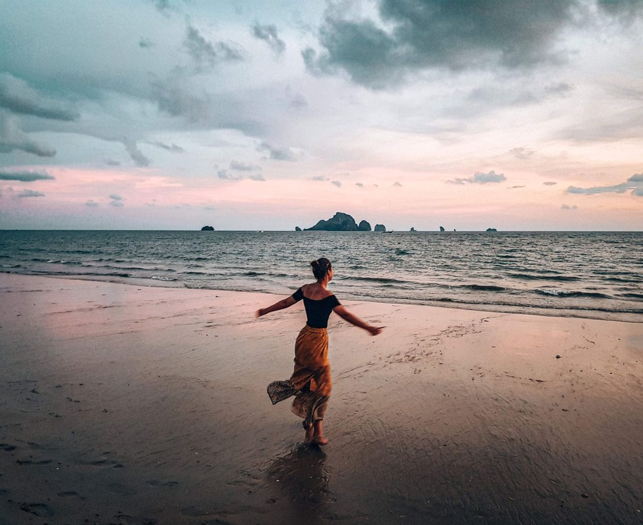 Ultimate sunset captions for Instagram - 50+ of the best