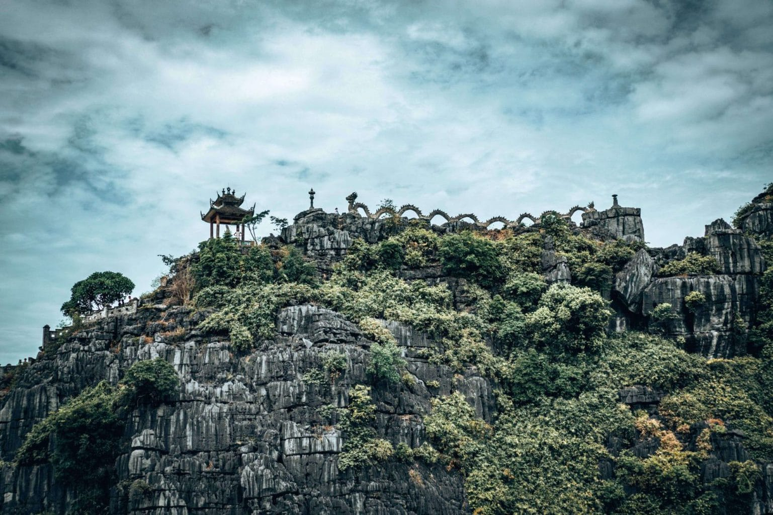 Picture of the Hang Mua mountain in Tam Coc, Vietnam