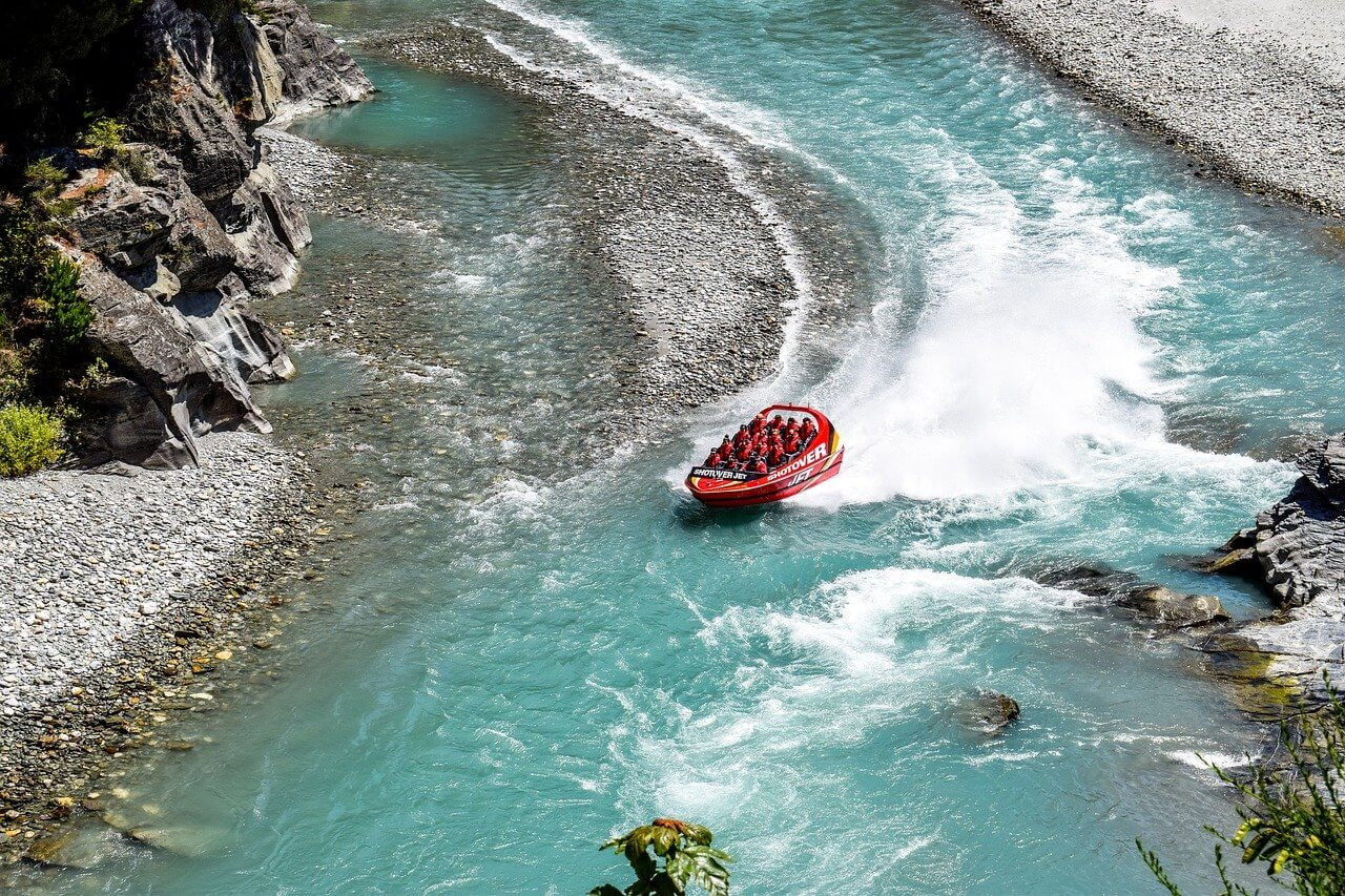 Jetboating in Queenstown on the Shotover River