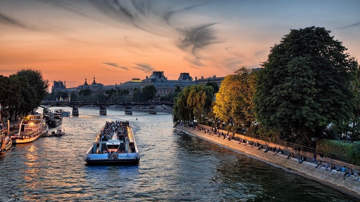2 days in Paris - river cruise