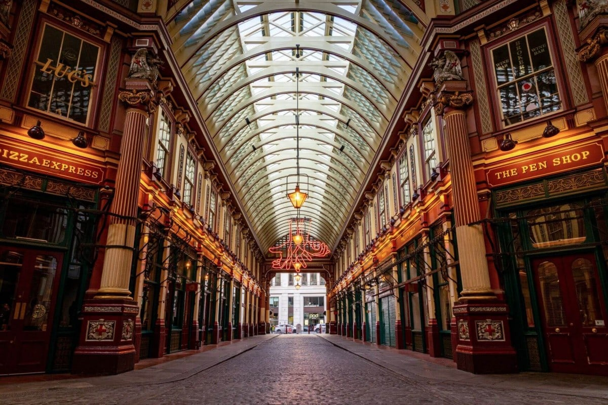 Non touristy things to do in London - Leadenhall Market