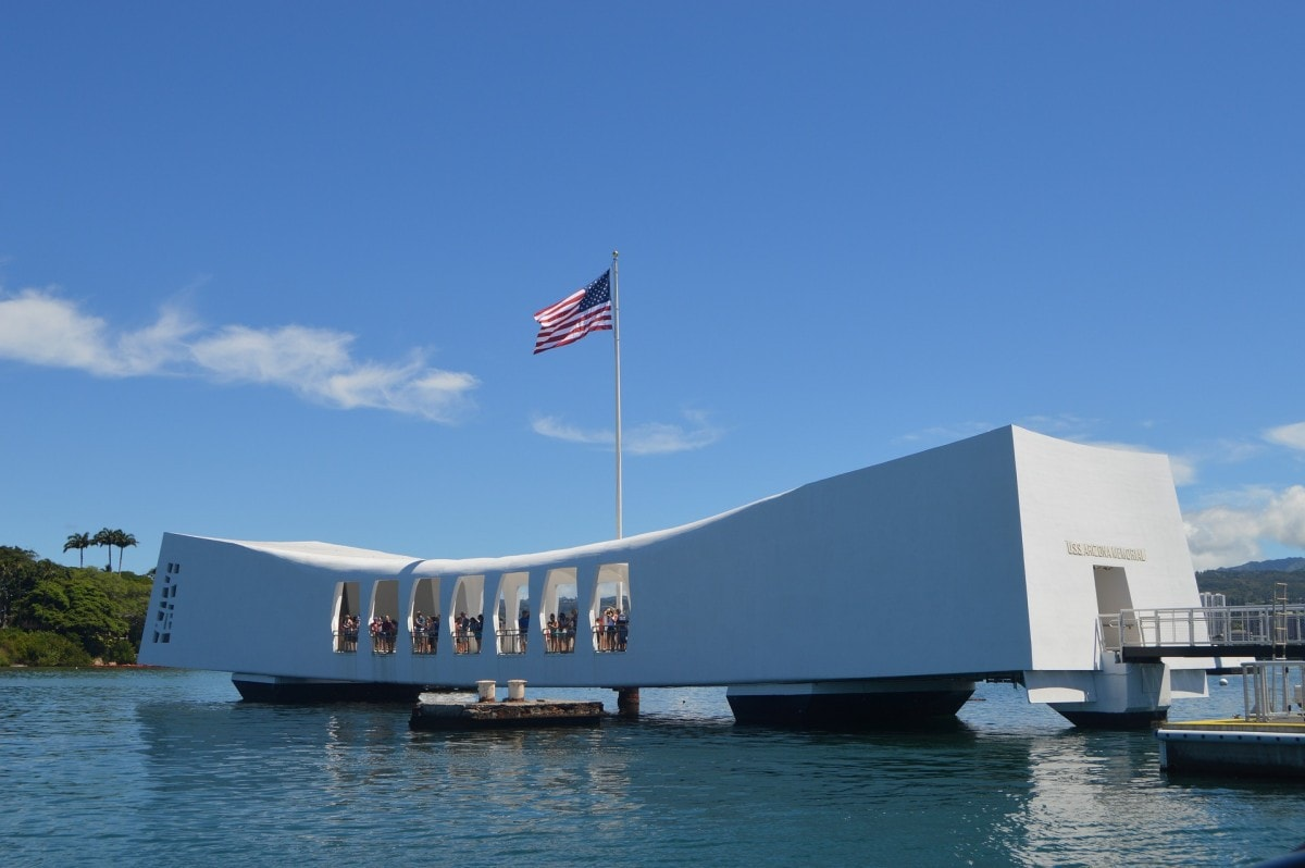 Pearl Harbor Monument - USA Landmarks and US Monuments