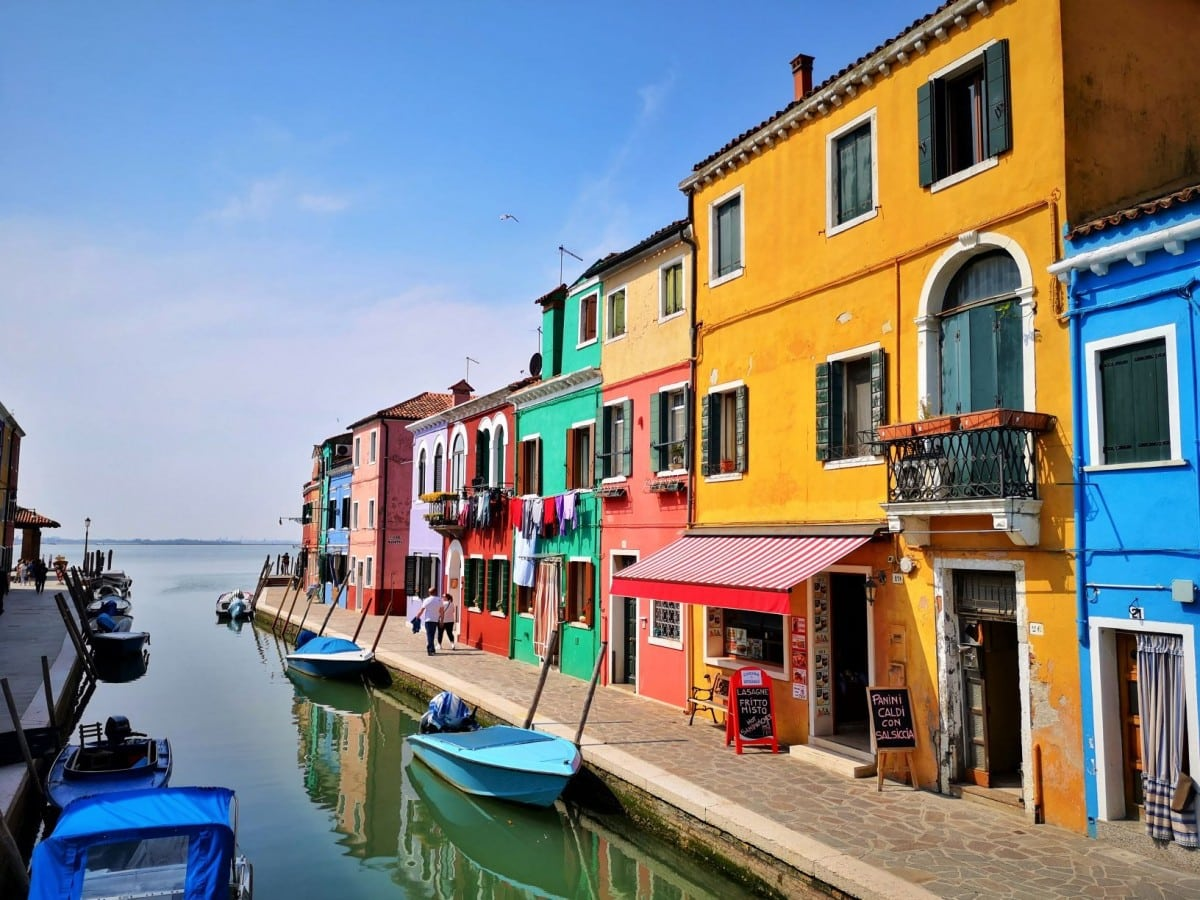 Colourful Houses in Burano welcome the Fishermen Home