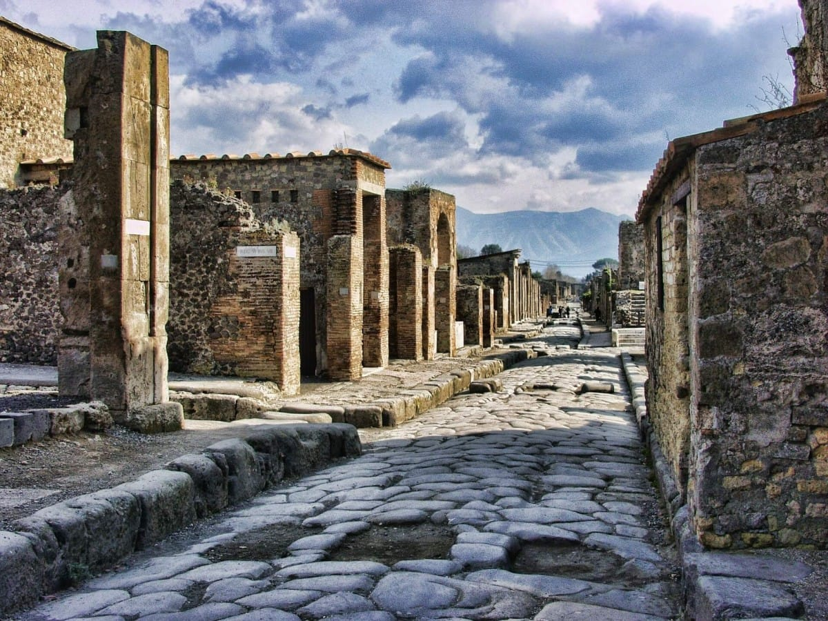 Pompeii destroyed by the eruption of Vesuvius is one of the best known facts about italy