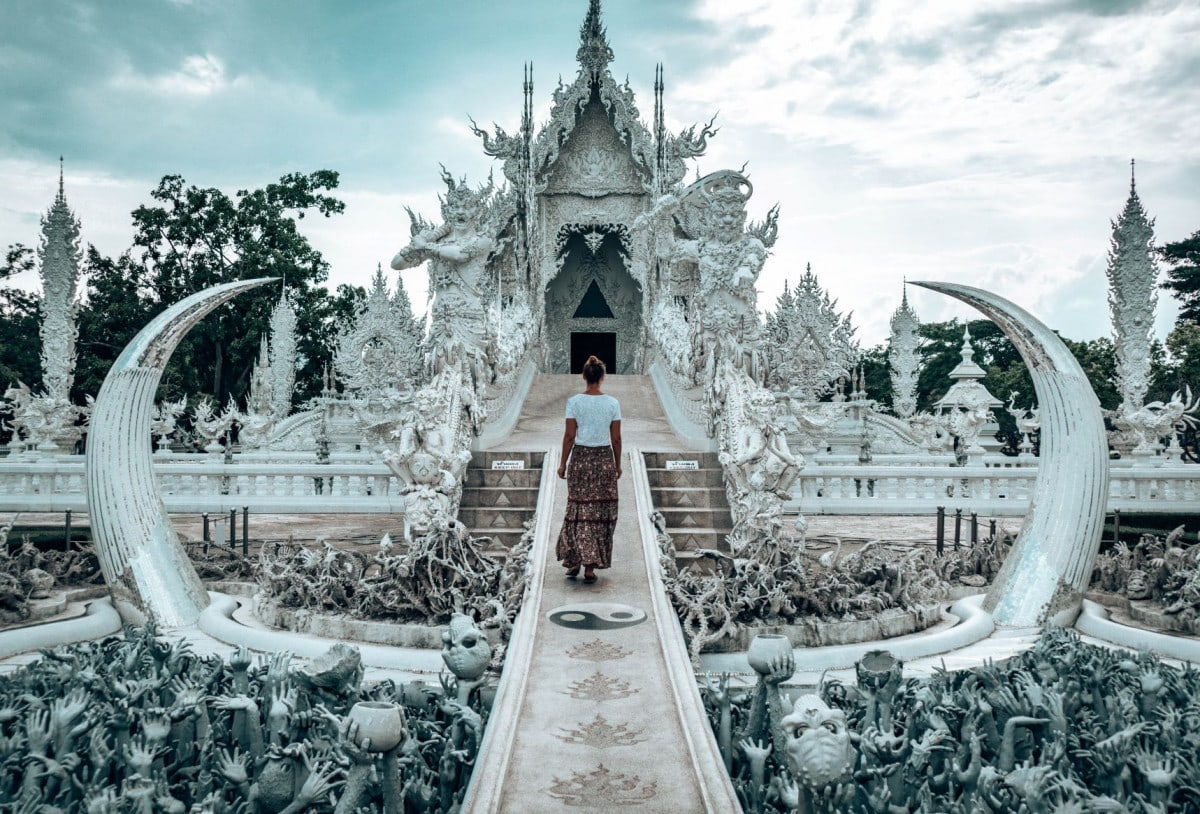Wat rong khun controversy - White Temple
